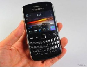 blackberry-curve-apollo